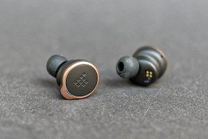 Tronsmart Apollo Bold earphone